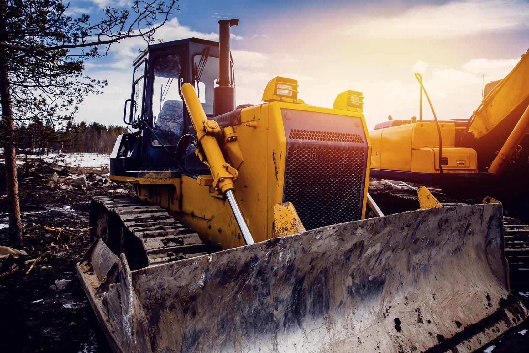 Earthmover heavy equipment rental